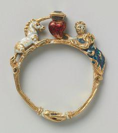 Unicorn Renaissance Ring, c.1550. #GoldJewelleryRoyal #GoldJewellery16ThCentury