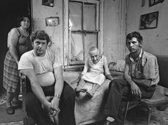Shelby Lee Adams' photographs of Appalachian families. See more here http://anthonylukephotography.blogspot.com/2011/08/photographer-shelby-lee-adams.html