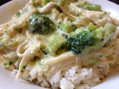 Crock-Pot Cheesy Chicken & Brocolli Over Rice ...looks easy and yummy!