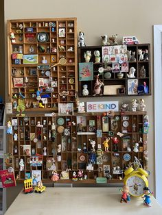 Printer tray miniatures vintage Collage Vintage, Vintage Display, Vintage Type, Etsy Vintage, Assemblage Kunst, William Morris Patterns, Letterpress Drawer, Printer Tray, Crate Paper