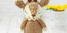 Today we introduce a new amigurumi pattern to create a 16 cm panda doll. To make this little panda you will need Jeans YarnArt. Crochet Deer, Crochet Snowman, Marley Crochet, Crochet Dolls Free Patterns, Crochet Motifs, Free Crochet, Amigurumi Patterns, Deer Pattern, Plush Pattern