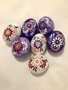 Set of 7 Hand Decorated Painted Chicken Easter Eggs, Traditional Slavic Wax Pinhead Chicken Eggs, Kraslice, Pysanka Pebble Painting, Pebble Art, Stone Painting, Painting Eggs, Rock Painting Patterns, Rock Painting Designs, Stone Crafts, Rock Crafts, Easter Egg Crafts