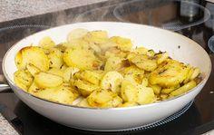Cómo hacer patatas a lo pobre caseras Potato Salad, Tapas, Cauliflower, Nom Nom, Vegan Recipes, Snacks, Chicken, Vegetables, Ethnic Recipes