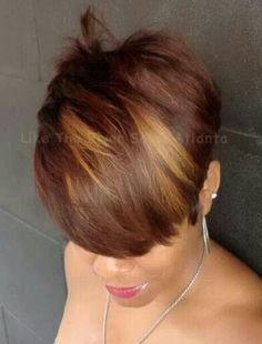Love her hair color! Short Sassy Hair, Short Hair Cuts, Short Hair Styles, Natural Hair Styles, Pixie Cuts, Love Hair, Great Hair, Gorgeous Hair, My Hairstyle