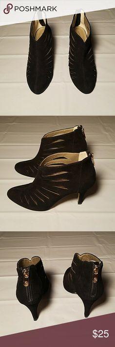 Selling this ADRIENNE  VITTADOMI ANKLE BOOTIE on Poshmark! My username is: covenantfruit. #shopmycloset #poshmark #fashion #shopping #style #forsale #Adrienne Vittadini #Shoes