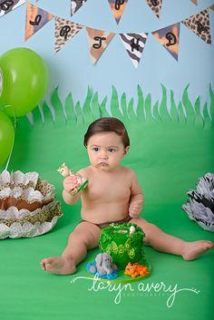 cake smash, first birthday, safari, jungle
