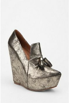I love this Jeffrey Campbell Pointy Platform Loafer (via Shop It To Me)