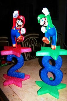 Mario or luigui birthday party centerpieces decoration Super Mario Bros, Super Mario Birthday, Mario Birthday Party, Super Mario Party, 6th Birthday Parties, Birthday Party Decorations, Boy Birthday, Party Themes, Party Ideas