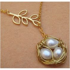 [Bird Nest Leaf and Pearl Necklace by turquoisecity]