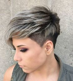 50 Very Short Pixie Cuts for Fine Hair 2019 short hair Hair pixie cut for thin hair - Thin Hair Cuts Very Short Pixie Cuts, Short Layered Haircuts, Haircuts For Fine Hair, Short Hairstyles For Women, Long Pixie, Haircut Thin Fine Hair, Pixie Cuts For Round Faces, French Hairstyles, Wedding Hairstyles