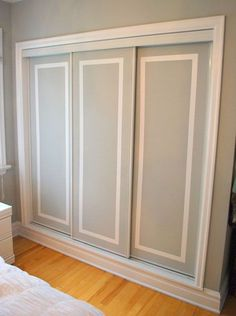 Closet Door Ideas: Add interest to plain closet doors by painting them and adding a trim detail in an accent color. Two-Tone Closet Door Tutorial. Hmm cheap way to redo our ugly closet doors Sliding Closet Doors, Sliding Wardrobe, Wardrobe Doors, Wardrobe Closet, Closet Bedroom, Home Bedroom, Bedroom Doors, Sliding Cupboard, Bathroom Closet