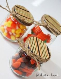 baby food jars craft- fill with Christmas treats or candy and put wrapping paper over the lid for a great little Christmas gift!