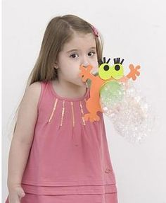 fazer bolas de sabão... com molde...brinquedos reciclado para dia das crianças