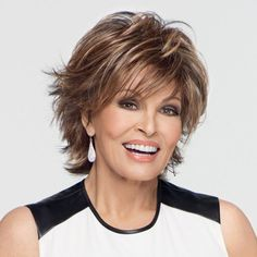 90 Classy and Simple Short Hairstyles for Women over 50 Raquel+Welch+short+shag+hairstyle Short Shag Hairstyles, Short Layered Haircuts, Mom Hairstyles, Short Hairstyles For Women, Gorgeous Hairstyles, Pixie Haircuts, Hairstyle Ideas, Layered Hairstyles, Classy Hairstyles
