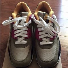 Nike Trainers Nike Air Max Trainers Size 8. Nike Shoes Athletic Shoes