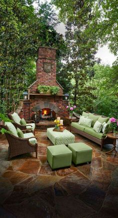 Astonshing Rustic Outdoor Fireplace Design Ideas 687