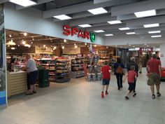 Good to see refreshed @SPARintheUK at #ChesterServices on #m56 #retailaudits