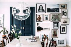 door color against the white--Kristin-lagerqvist-Elle-Decor-Sweden-remodelista-current-obsessions World Of Interiors, Elle Decor, My Living Room, Home And Living, Small Living, Interior Exterior, Interior Design, Interior Doors, Blogger Home