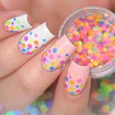 https://www.twinkledt.com/products/nailfetti#_l_du Adorable Nailfetti dots!