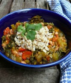 Kale Stew: An amazingly healthy recipe full of super foods! | via @SparkPeople #nutrition #soup #dinner #winter