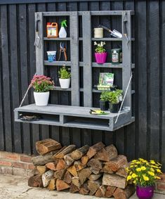 Pallet Potting Bench Plans                                                                                                                                                     More