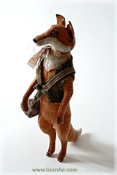 Fox made from wool. Old-style look. Zippertravel.com Digital Edition