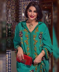 Casablanca Morocco, Mbs, Hijab Dress, Mille, Muslim Fashion, Kaftan, Traditional, Elegant, Blouse