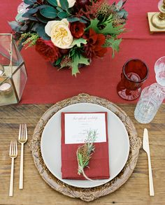 Ornate carved chargers + red table details