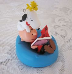 2011 Happiness Is ... the Peanuts Gang Christmas Ornament Hallmark Sound