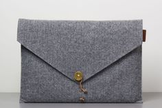 P.A.P. Felt Laptop Cover in grey. €55