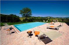 Тосканская вилла с бассейном