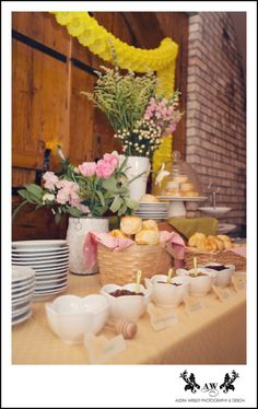 biscuit bar at honey themed bridal brunch shower . Florals by Anthomanic in wicker baskets Bridal Shower Tables, Bridal Shower Gifts, Bridal Shower Invitations, Southern Baby Showers, Bridal Portraits Outdoor, Indian Bridal Party, Biscuit Bar, Cake Stall, Disney Bridal Showers
