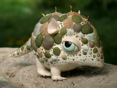 Bizarre, cute painted porcelain sculptures of dragons, bugs, rodents, and more [31 pics]