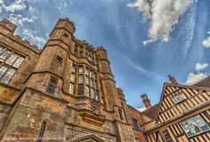 Courtyard Entrance at #CoughtonCourt. 360° Virtual Tour here: http://uktripper.com/visits/coughton-court/