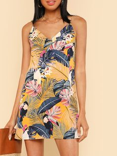 Tropical Print V Neck Cami Dress -SheIn(Sheinside) Trendy Dresses, Trendy Outfits, Trendy Fashion, Summer Outfits, Fashion Outfits, Mini Dresses, Summer Clothes, Fashion Clothes, Women's Fashion