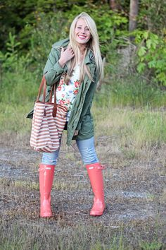 Twist Me Pretty: Florals, stripes and... well, rainboots. Duh! LOVE THIS OUTFIT!