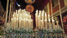 Fotografía de Francisco Javier Muñoz Bermúdez. Encendido de velas a Ntra. Sra. la Virgen de la Palma de Valdepeñas en su procesión de Jueves Santo -Valdepeñas- FUERA DE CONCURSO. Realizada con dispositivo móvil