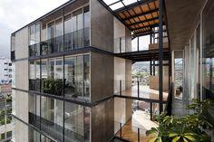 https://flic.kr/p/bUcA7z | Edificio 03 98, Espinoza Carvajal Arquitectos, Loja-Ecuador