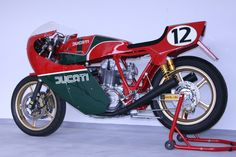 Ducati MHR 900 TT