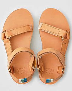 9f50cb18a87c 1595 Best BOOTS SHOES SANDALS HEELS images in 2019