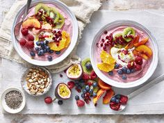 What is more refreshing or healthier than a smoothie! Frozen berry smoothie in a bowl with fresh tropical fruits, yoghurt nuts and fresh tropical fruit. Simply delicious.  Recipe by Ellie Vernon for Merisant Styling Steph Souvlis Photography Andre Martin