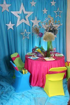 1000 images about centros de mesa on pinterest - Como decorar mesas para fiestas ...
