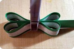 Der kreative Wahnsinn: Küsschen Verpackung: Kleeblatt Napkin Folding, Wedding Napkins, Diy Projects To Try, Giveaway, Stampin Up, Diy And Crafts, Goodies, Gifts, Accessories