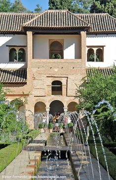 Generalife - Alhambra de Granada,  Spain Architecture Images, Sacred Architecture, Classical Architecture, Alhambra Spain, Granada Spain, Porch And Terrace, Small Castles, Spanish Garden, Places In Spain