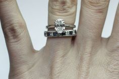 1 ctw OVAL solitaire.