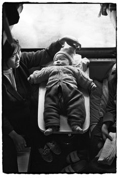 vintage everyday: Photos of Chinese People on Trains, c.1970s