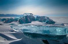 ロシアのバイカル湖。