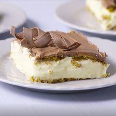Thelma's Chocolate Eclair Chocolate Eclair Recipe, Chocolate Pudding, Refreshing Desserts, Summer Desserts, Pudding Desserts, No Bake Desserts, Oreo Dirt Dessert, Grasshopper Pie, Lime Pie Recipe