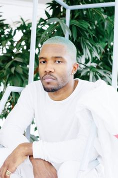 Dedicated to the singer, songwriter and rapper, frank ocean. Pretty People, Beautiful People, Hair Afro, Wolfgang Tillman, Chantal, Men Hair Color, Style Masculin, Green Hair, Mode Style