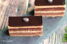 3 個讚好,0 則回應 - Instagram 上的 Joannie Chan(@joannie_chan):「 Coffee petite gateau ☕🍫🍰 #homebaked  #coffeecake #pastry #cakephotography #instacake #petitegateau… 」